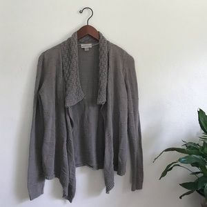 Ann Taylor LOFT Retro Long Sleeved Cozy Cardigan